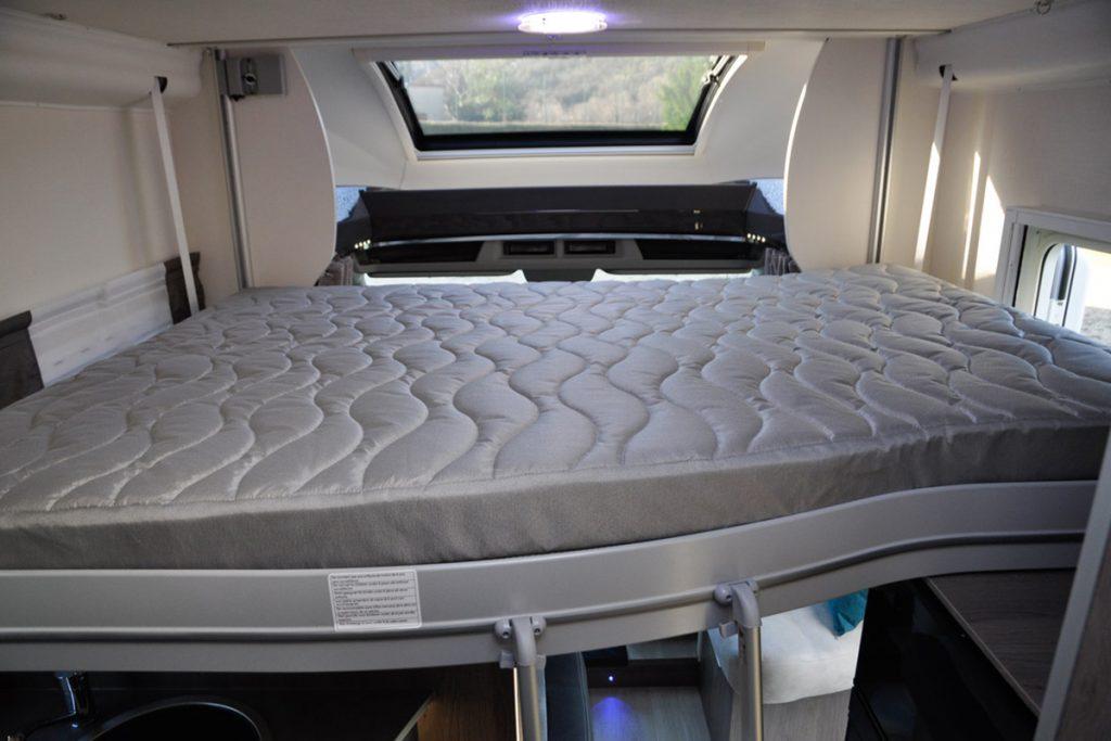 lit de pavillon profilé confort