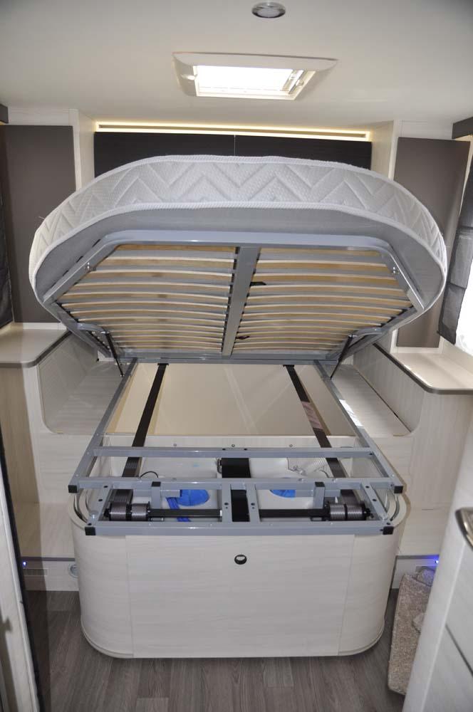 Coffre de rangement sous le lit