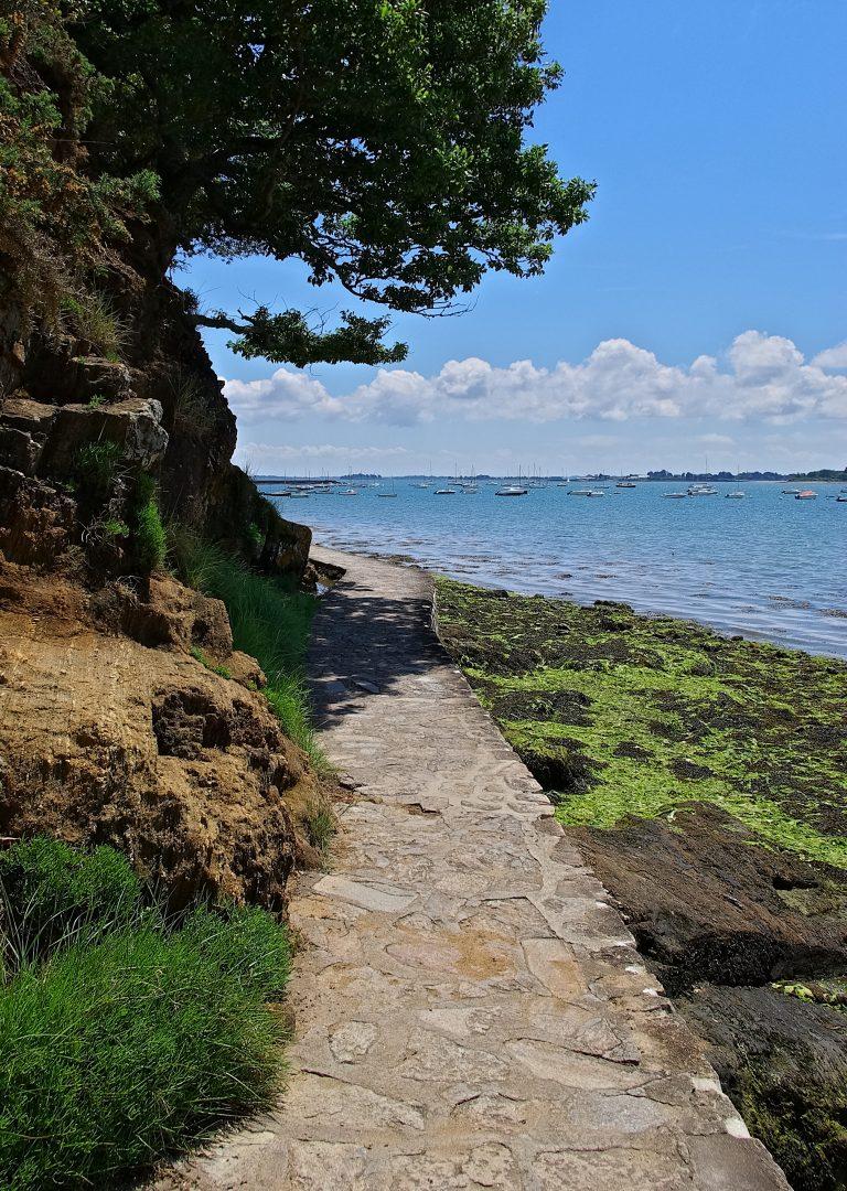 Chemin côtier à Arradon, Golfe du Morbihan