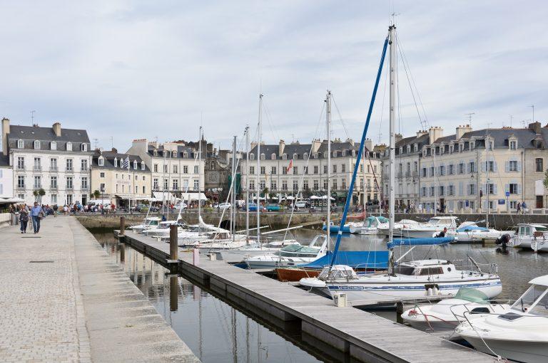 Port de Vannes et porte Saint Vincent (Morbihan, France)