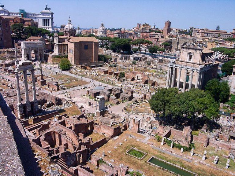 Le forum romain de Rome