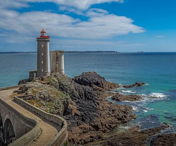 La Bretagne en camping-car : le Finistère et le phare du Minou