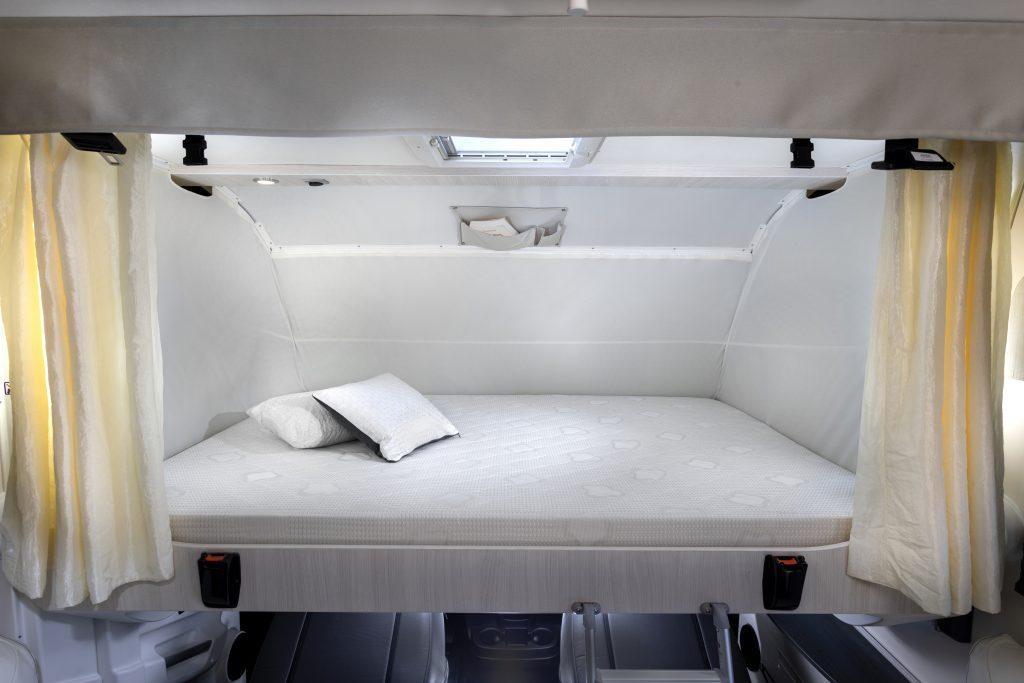 lit de pavillon intégral