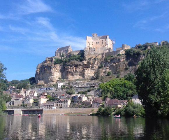 La Dordogne en camping-car : Beynac et son château