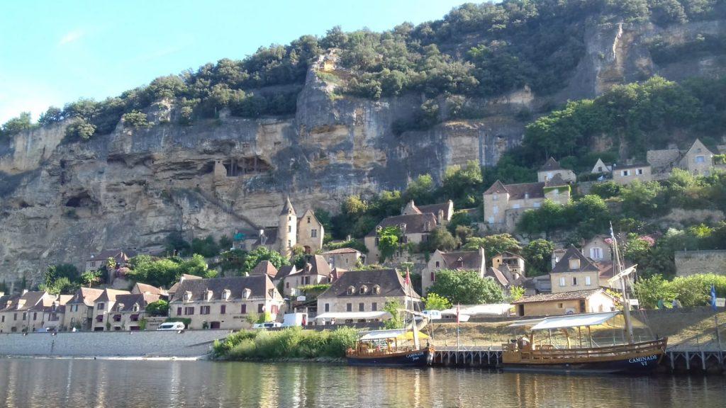 Rive de la Dordogne à La Roque Gageac